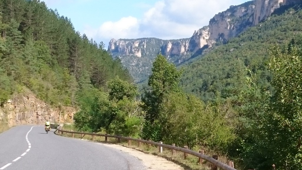 Cycling through the Tarn gorges
